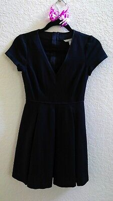 Banana Republic 0P black dress. Great outfit for any occasion! Worn twice only. - Banana Outfits