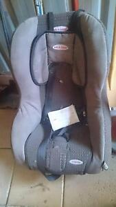 Baby car seat Semaphore Port Adelaide Area Preview