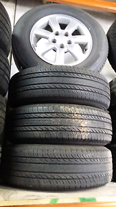 Mitsubishi outlander 16 inch wheels and tyres Ingleburn Campbelltown Area Preview
