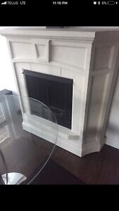 Inflame freestanding modern ventless home fireplace mantel