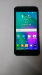 Samsung Gaxaly A3 16GB Unlocked Phone - like new! Sandgate Brisbane North East Preview