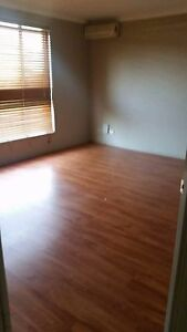 2 bedroom house for rent West Hoxton Liverpool Area Preview