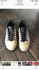 Kids size 12 soccer cleats (4-6 year old soccer shoes)