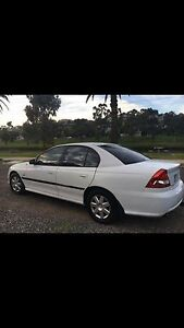 HOLDEN VZ COMMODORE WITH REGO AND RWC Brunswick Moreland Area Preview