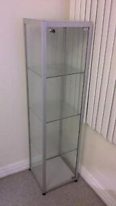 GLASS DISPLAY CABINET WITH 4 SHILFS Newcastle Newcastle Area Preview