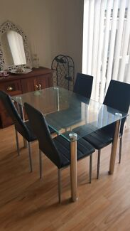 Glass dining table and 4 chairs original RRP $330- LIKE NEW! Gilles Plains Port Adelaide Area Preview