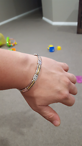 Two tone gold bracelet St Marys Penrith Area Preview