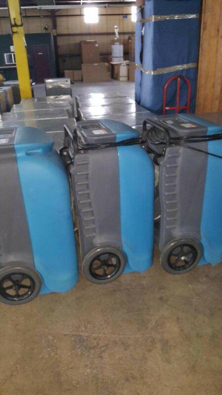 Drieaz 2000 dehumidifier (Low Hours)