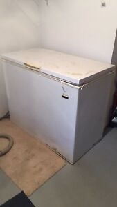 FREE Kelvinator chest freezer