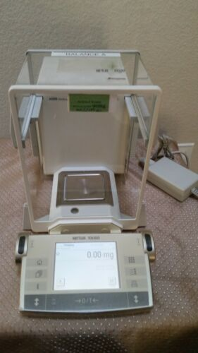 Mettler Toledo AX205DR DeltaRang Analytical Balance w/ Adapter Tested Great