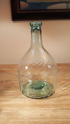 Superb 1815-1850 aqua Midwestern (Ohio?) American  glass 24 rib swirled bottle