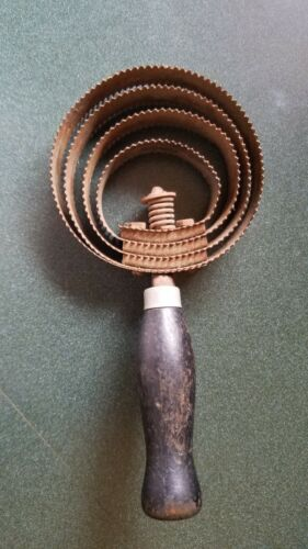 Vintage Round Horse Curry Comb Brush Metal Wooden