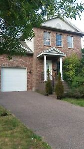 SPACIOUS SOUTH END HOME 4 BDRM WITH GARAGE