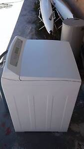 Fisher and Paykel 8kg Aquasmart top load washing machine Busselton Busselton Area Preview