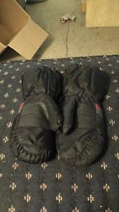 Kids mittens with zipper sides  London Ontario image 6