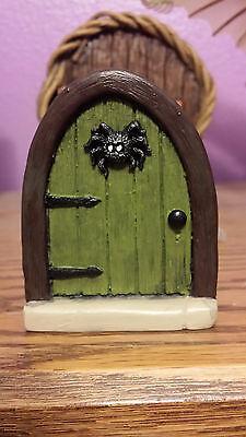 Earth Fairy Halloween (Fairy door, mouse door, Halloween Fairy door, doorway to middle)