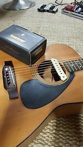 LR Baggs M1 Active acoustic guitar pickup Hamilton Newcastle Area Preview