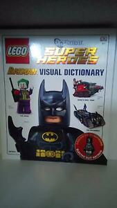 DC Universe Super Heroes: LEGO Batman Visual Dictionary Loganholme Logan Area Preview