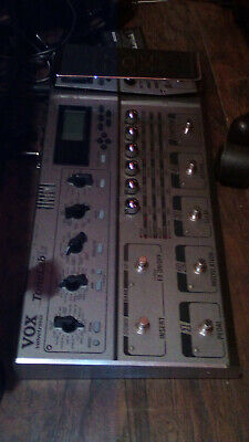VOX Tonelab LE Multi-Effects Guitar Pedal w/adapter