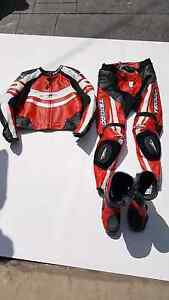 Racing leather suite&boots Hampton East Bayside Area Preview