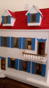 A very big wooden dolls house made in 1970