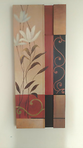 Beautiful Wooden Tableau in Excellent Condition