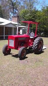 Tractor International 414 diesel Rochedale Brisbane South East Preview