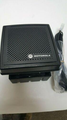 Motorola HSN4031B  External Speaker W/Bracket and Thumbscrews NEW