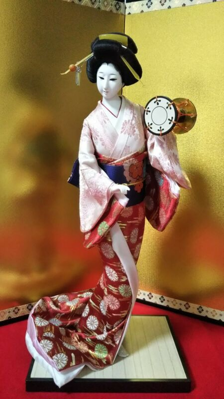 "Vintage Japanese Geisha doll in Kimono 17"" on wooden base Antique Pink"