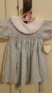 BABY LOVE by ANNUELO Beautiful smocked/ hand embroidered dress 2