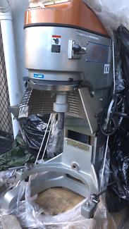 ROBOT COUPE BAKERMIX PLANETARY DOUGH MIXER WITH 40 LITRE BOWL