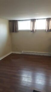 1 Bedroom Basement Apartment Inclusive/Internet