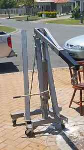 Engine hoist Banksia Beach Caboolture Area Preview