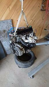 Toyota Hilux 3y-c engine Devonport Devonport Area Preview