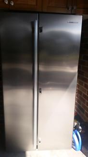 Fridge freezer stainless steel Westinghouse