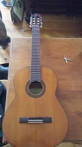 Yamaha G-228 nylon string Glenunga Burnside Area Preview