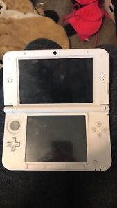Nintendo 3DS xL - Brand New, Rarely Used