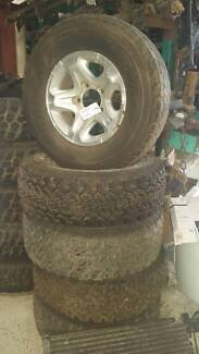 A1424 Rims and Tyres Toyota Landcruiser 79 series 07