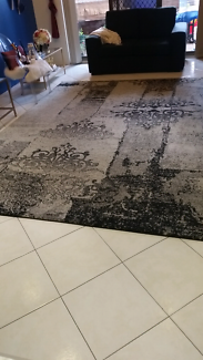 Beautiful french provincial rug