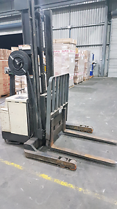 Crown Walkie Forklift with Extension Beresfield Newcastle Area Preview
