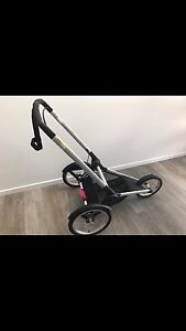 BUGABOO Runner Chasis New Condition 3 months old Ballarat Central Ballarat City Preview