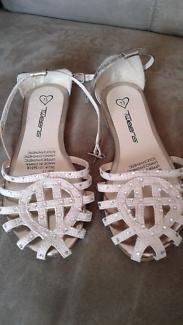 Sandels...new...girls