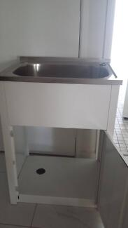 LAUNDRY CABINET AND SINK
