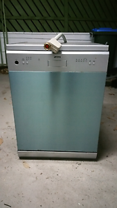 Smeg stainless steel dishwasher not working for repair or parts Beacon Hill Manly Area Preview