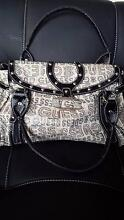 Guess Bag Beige/Black Marion Marion Area Preview