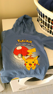 New blue pokemon jumper with hood size 5/6