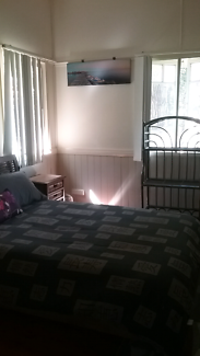 Large room for rent  with 2 good size window