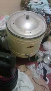 Antique clothes hot soaker or dye fully working Woonona Wollongong Area Preview