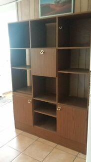 Display Cabinet Carina Brisbane South East Preview