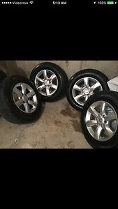 265/60 R18, 4 MICHELIN all season tires with mags Barely used